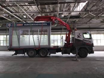 Transport Kontenera Biurowego Oszklonego - TRAGER